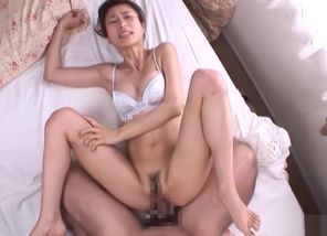 Chinese Model Akari gets penetrated..