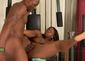 Ravaging Ebony Plus-size Skyy Ebony in..