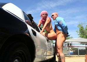 Aidra Fox screws a grizzly arresting..
