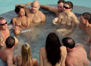 Nude swingers are longing for orgy