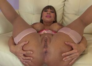 Exotic  Ava Devine in Mind-blowing..